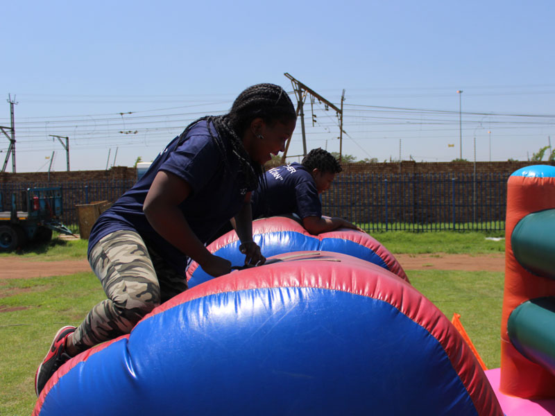 Team Building Wipe Out Gallery 02